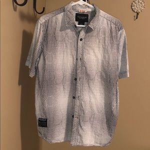 Like new Rocawear short sleeved shirt